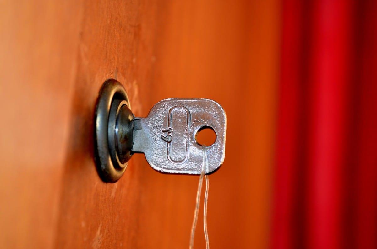 serrure bloquée : comment l'ouvrir?