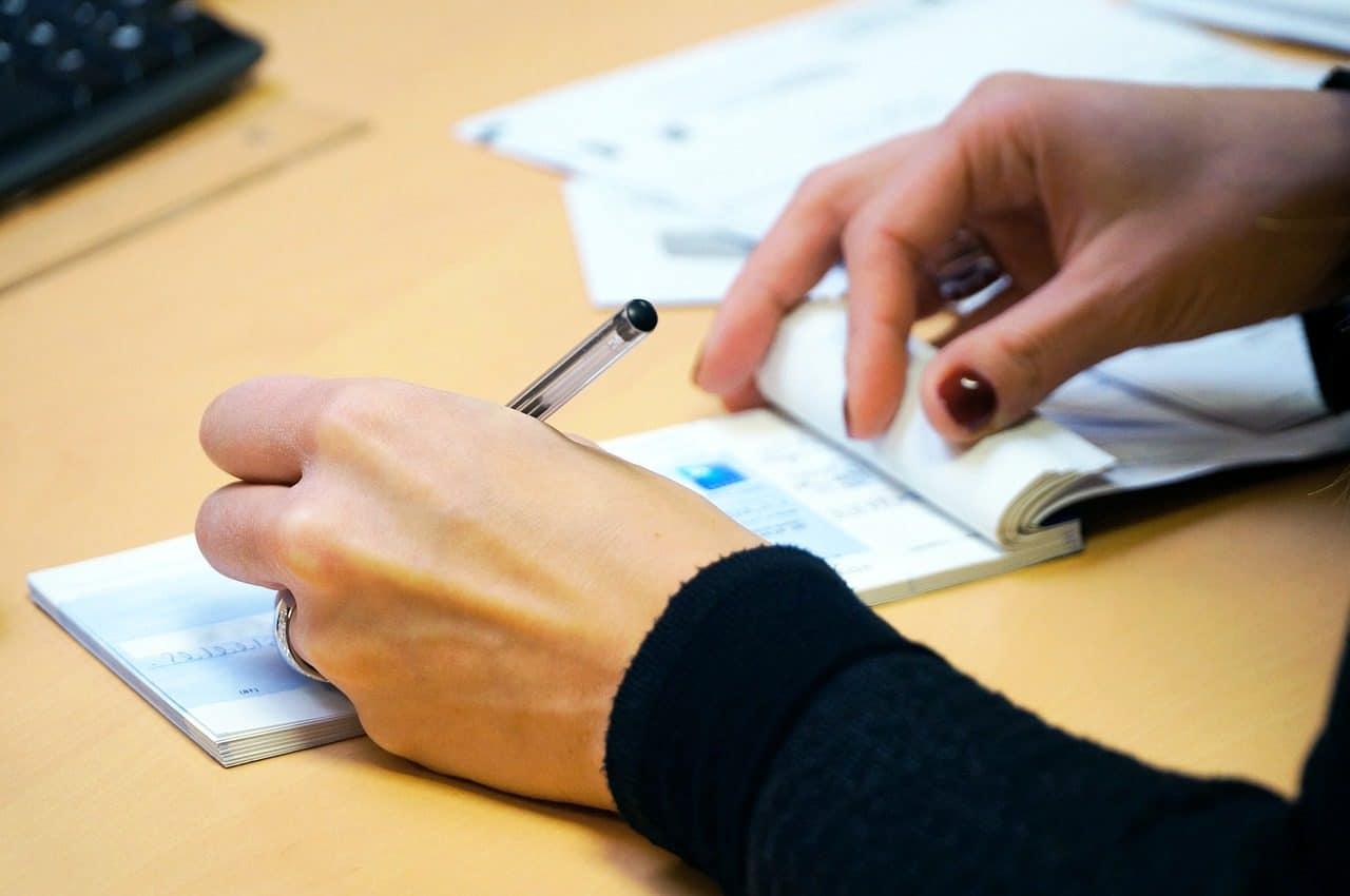 Signature d'un chèque homologué
