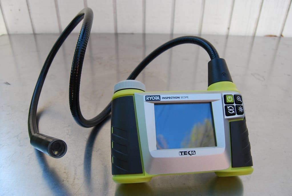 un modèle de caméra d'inspection pour les canalisations